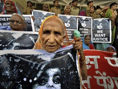 Elderly survivors of Bhopal Gas Tragedy